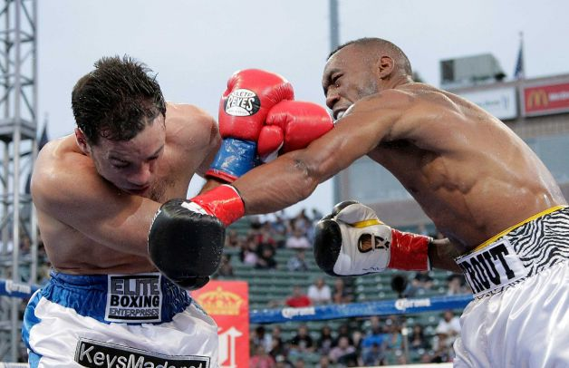 Trout Easily Takes Fight Against Rodriguez Canelo Might be Next