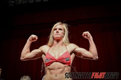 Holly Holm vs Myriam Lamare